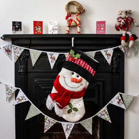 Christmas Reindeer with Gifts Mini Bunting (Price inc P&P)